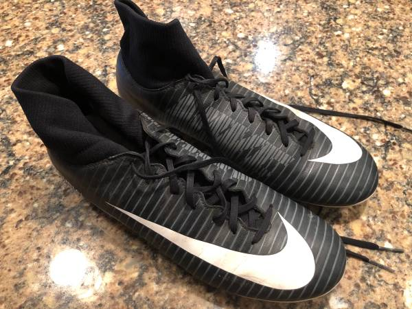 Photo Nike and Adidas Soccer Cleats Mens size 8 Indoor and Outdoor - $20 (NE Cedar Rapids)