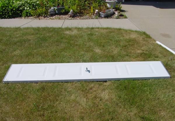 Photo Section for 9x7 single white steel insulated garage door - $35 (NE Cedar Rapids)