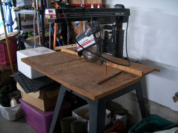 Photo Very good over all cond. vintage Craftsman 1039 radial saw wtable - $110 (Fairfax)