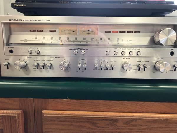 Photo Vintage Pioneer SX-850 Stereo - $825 (Walford)