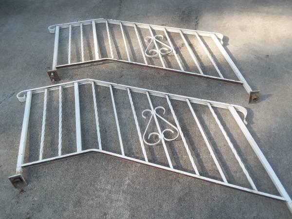 Photo Vintage wrought iron step railings - $100 (McGregor, Iowa)