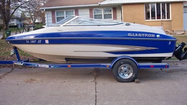 Photo WANT TO BUY YOUR DAMAGE CAR-BOAT-TRUCK-MOTORCYCLE - $123 (ALL)