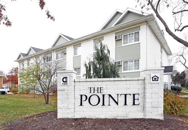 Photo We39ve Got Keys to Your Happiness $100 off monthly rent 1bd1bath (The Pointe at Cedar Rapids)