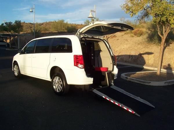 Photo 2017 Dodge Grand Caravan SE Wheelchair Handicap Mobility Van - $16,900 (BEST BUY - AZ Mobility Center)