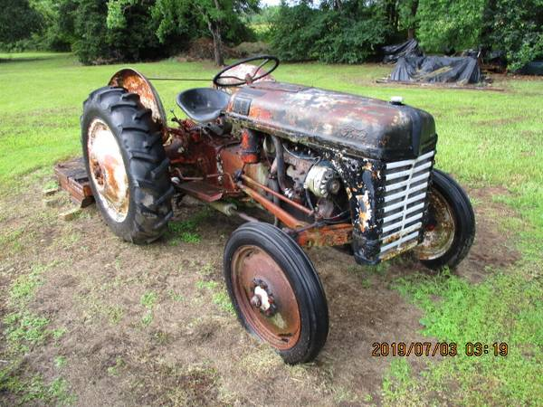 Photo About a 1950 Ford 8N Tractor Not Running  with a 5 foot Grass Cutter - $2500 (Marksville, La)