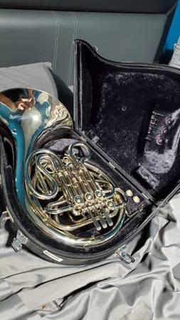 Photo Holton H179 Double French Horn - $2,800 (Lafayette)