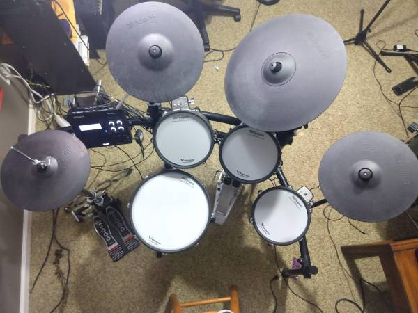 Photo Roland V-Drums TD-27KV Electronic Drum Set - $2,499 (Lafayette, LA)