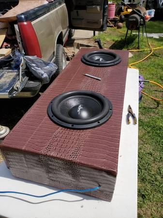 Photo Skar audio svr-1239s - $350 (OAK GROVE)