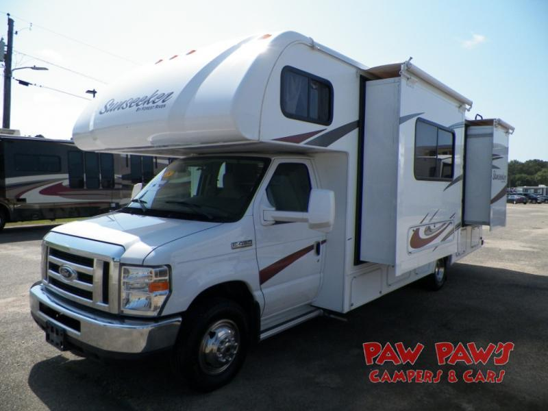 Photo 2015 Forest River Rv Sunseeker 2500TS Ford $ 54988  Make an Offer