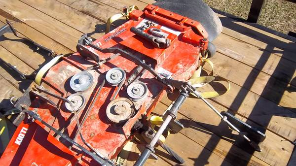 Photo belly mower for Kioti tractor - $850 (Forest Hill)