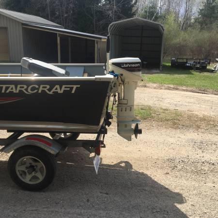 Photo 1410 Starcraft Boat 2017 - $6,000 (Hope)