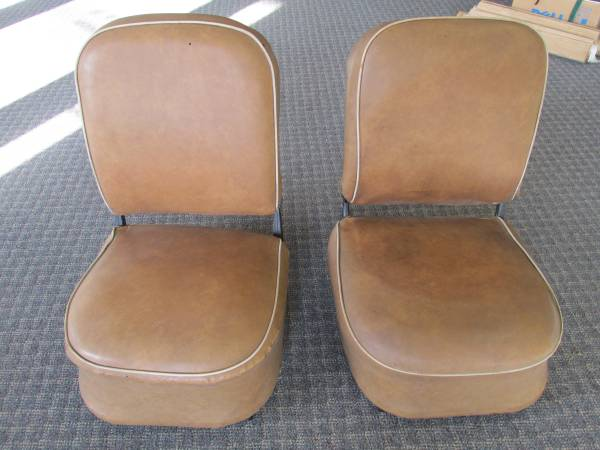 Photo 1928 1929 1930 1931 Model A Ford Front Seats - $375 (SAINT JOHNS)
