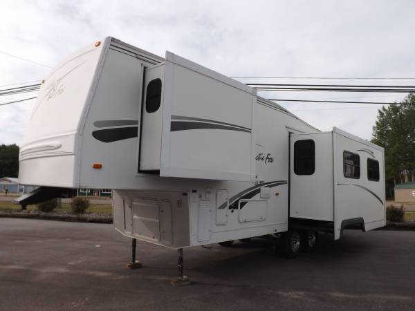 Photo 2006 NORTHWOOD ARCTIC FOX 29-5T (30) 2-SLIDES - $6,995 (HOUGHTON LAKE, MI)