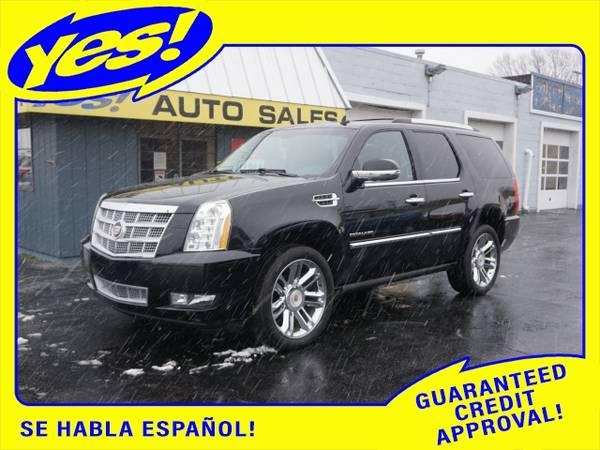 Photo 2013 Cadillac Escalade - $28,888 (2013 CADILLAC ESCALADE PLATINUM EDITION)