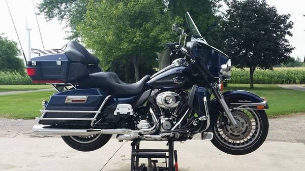 Photo 2013 Harley Davidson Ultra Classic - $13,500 (SAINT LOUIS)