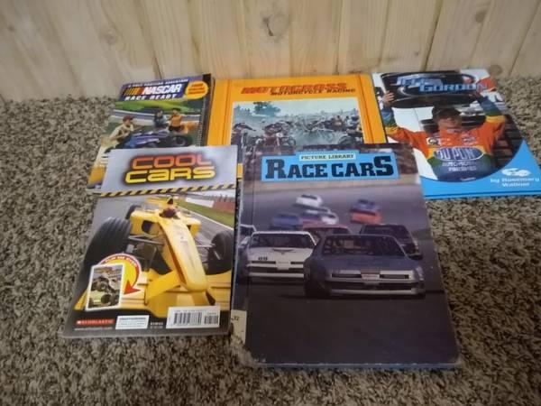 Photo 5 Race Car and Motorcross Books - $2 (Hudsonville)