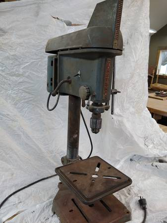 Photo Craftsman Bench-top Drill Press - $109 (Howell)