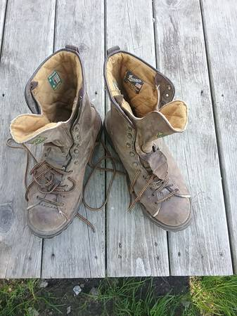 Photo Danner boots - $20 (Reed City)