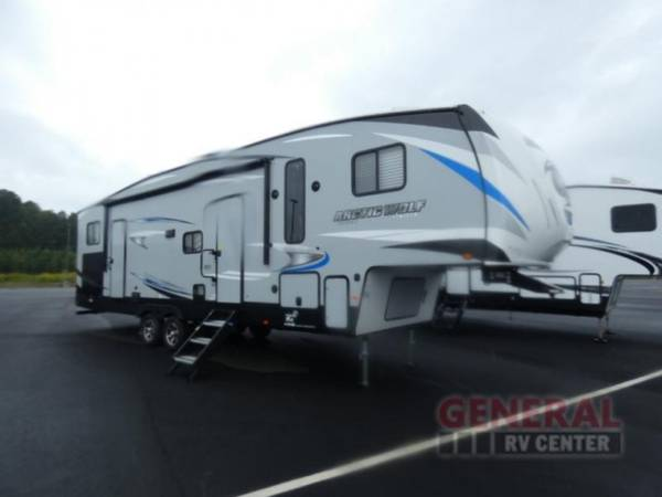 Photo Fifth Wheel 2020 Forest River RV Cherokee Arctic Wolf 321BH - $34,995