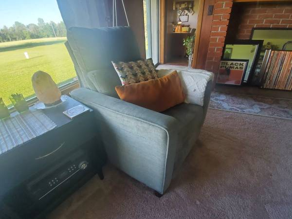 Photo Gorgeous Sage Green Power Recliner - $415 (Clare area)