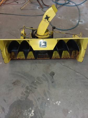 Photo John Deere snowblower model 49 - $475 (Hemlock)