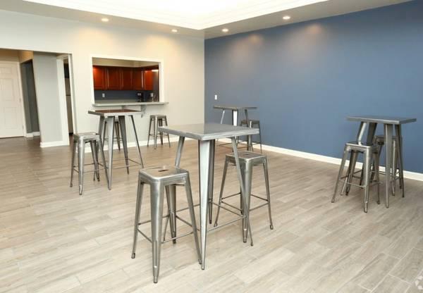 Photo Pet Friendly, Cozy Gas Heat, 1, 2 and 3-Bedroom Apartment Homes (2630 Abbott Road, Saginaw-Midland-Baycity, MI)