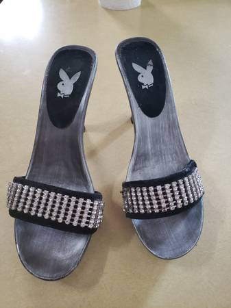 Photo Playboy Bunny Celine Heels - $10 (Grandville)