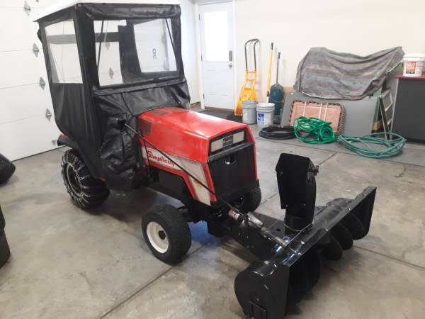 Photo Simplicity Garden Tractor - $1,800 (Oxford)