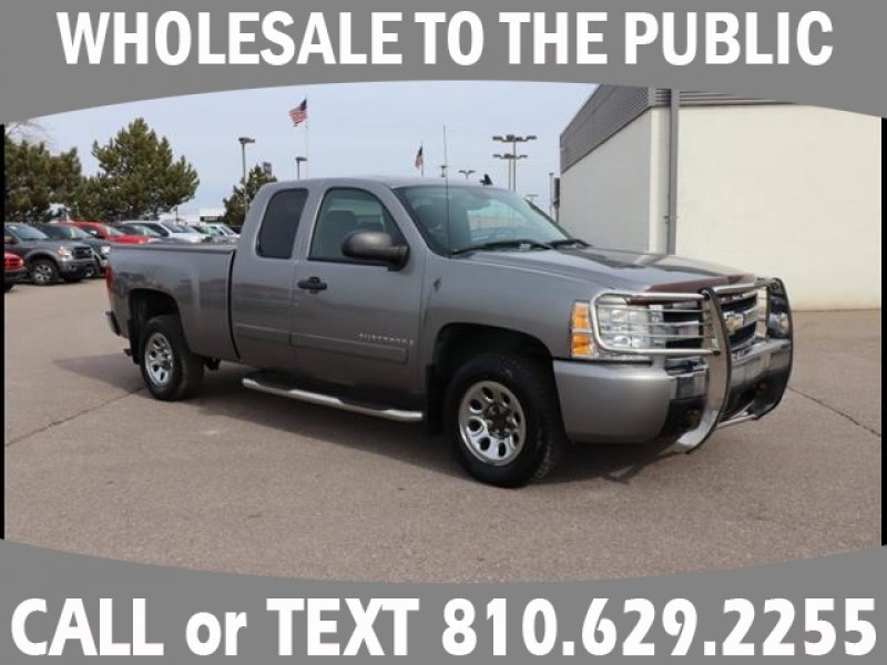 Photo Used 2007 Chevrolet Silverado 1500 2WD Extended Cab for sale