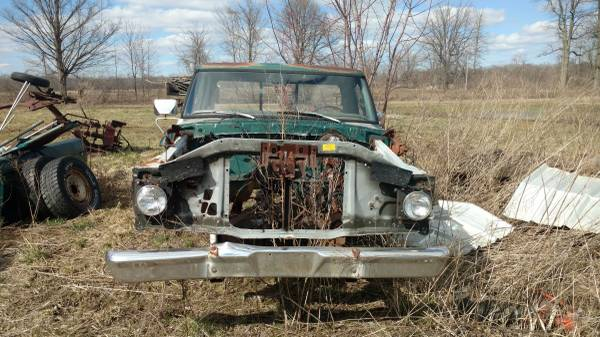 Photo Various 1973-79 Ford Truck Parts (Ithaca)
