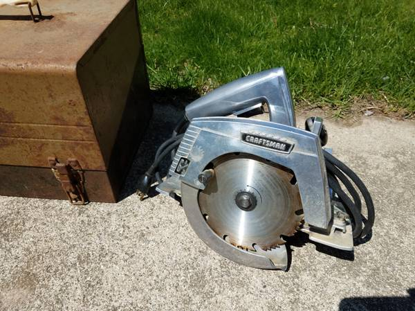 Photo Vintage Craftsman 6  inch Electric Power Hand Saw - $30 (Ovid)