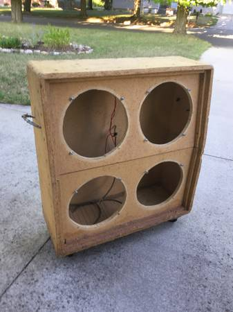 Photo unfinished 4x4 cabinet for 12quot guitar or bass speakers - $25 (MT PLEASANT)