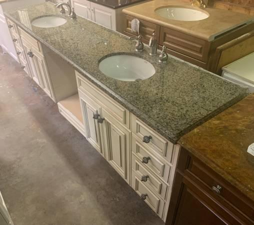 Photo 101quot Wide Antique White Bathroom Granite Top 9 Drawers 4 Doors - Used - $429 (Bonita Springs)