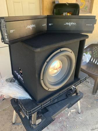 Photo 15 Skar Audio - $450 (Lake Placid)