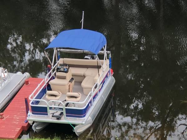 Photo 16 foot Bass Buggy DLX - $18,000 (Lake Placid)