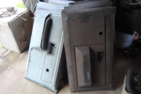 Photo 1973-87 Chevy Or GMC Pickup Truck Door Panels Used GM Quality - $20 (lorida florida)