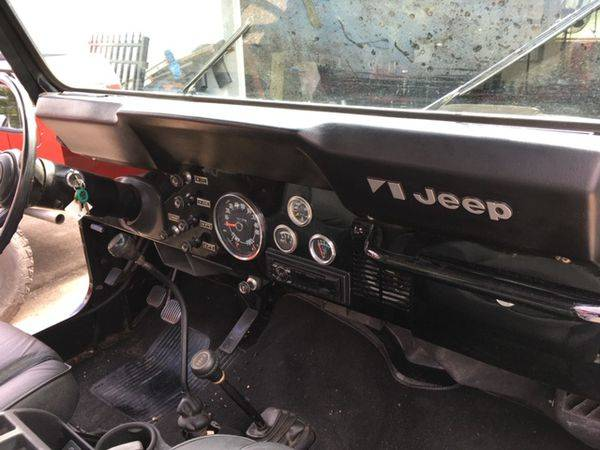 Photo 1983 CJ 7 JEEP - $20000 (Frostproof)