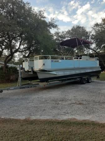 Photo 1995 24 foot smoker craft pontoon boat - $8,500 (Osteen)