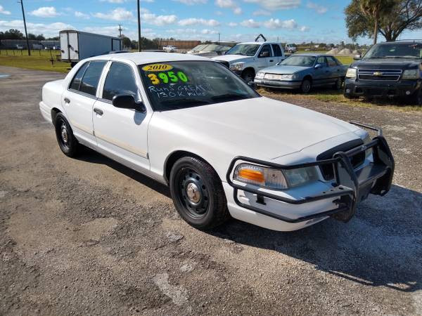 Photo 2010 Ford Crown Victoria Police Interceptor - $3,500 (Okeechobee)