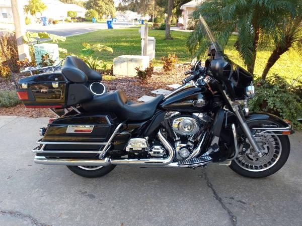 Photo 2010 Harley Davidson Ultra Classic - $9,200 (AVON PARK)