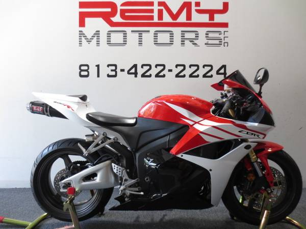 Photo 2012 Honda CBR 600RR Low Miles FINANCING Available - $7,499 (Riverview)