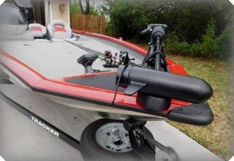 Photo 2015 Bass Tracker BOAT BLOWER MOTORS WITH 85 HRS ON THEM - $1,600