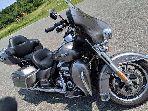 Photo 2017 Harley Davidson Ultra Classic - $17,200 (Port St Lucie)