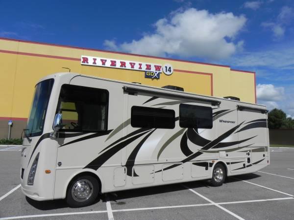Photo 2017 THOR Windsport 31S - $78,995 (Riverview  Gibsonton, FL)