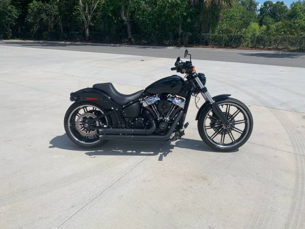 Photo 2019 Harley Davidson Breakout - $20,000 (Winter Springs)