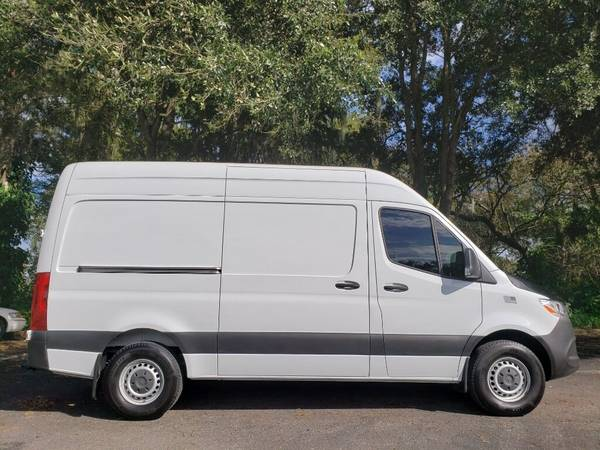 Photo 2019 Mercedes-Benz Sprinter 2500 Cargo Van DIESEL 28K Miles LIKE NEW - $39,400 (OKEECHOBEE)