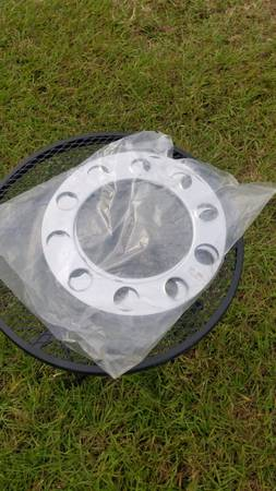 Photo Beauty rings for wheels - $5 (River Ranch RV Resort)