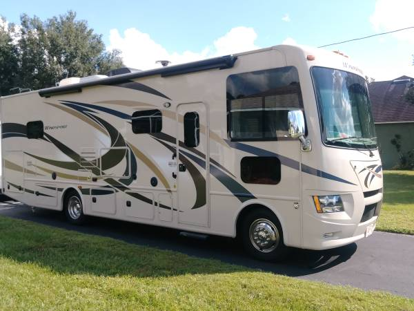 Photo By Owner 2016 32 ft. Thor Windsport 31S w2 slides - $75,900 (Thonotosassa)