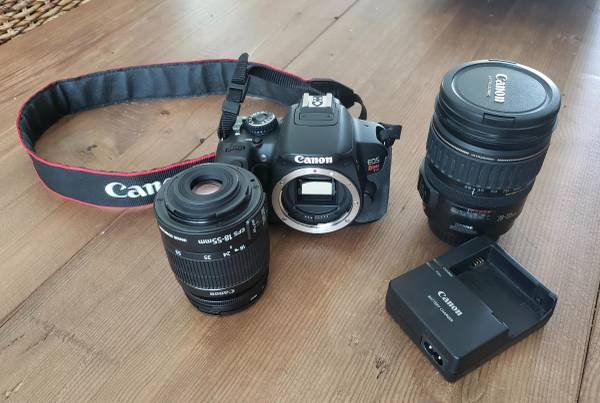 Photo Canon Rebel T4i Package - $799 (Spring Hill)