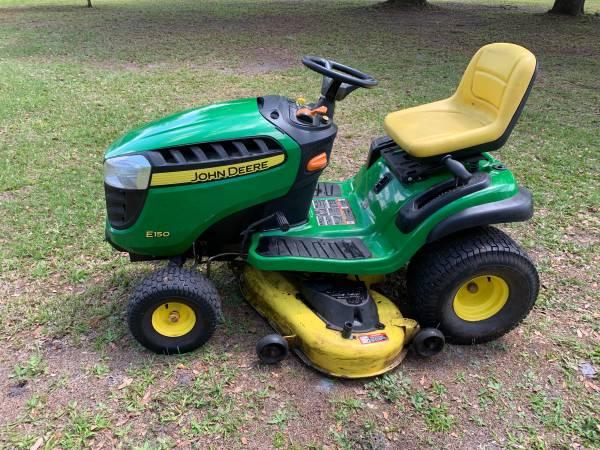 Photo John Deere E150 Riding Lawn Mower - $1,475 (Wauchula)